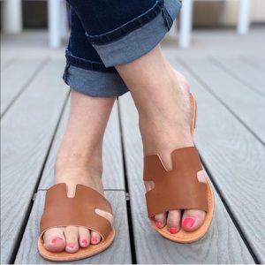 Shoes - 5⭐️MILEY SUMMER COGNAC FLATS